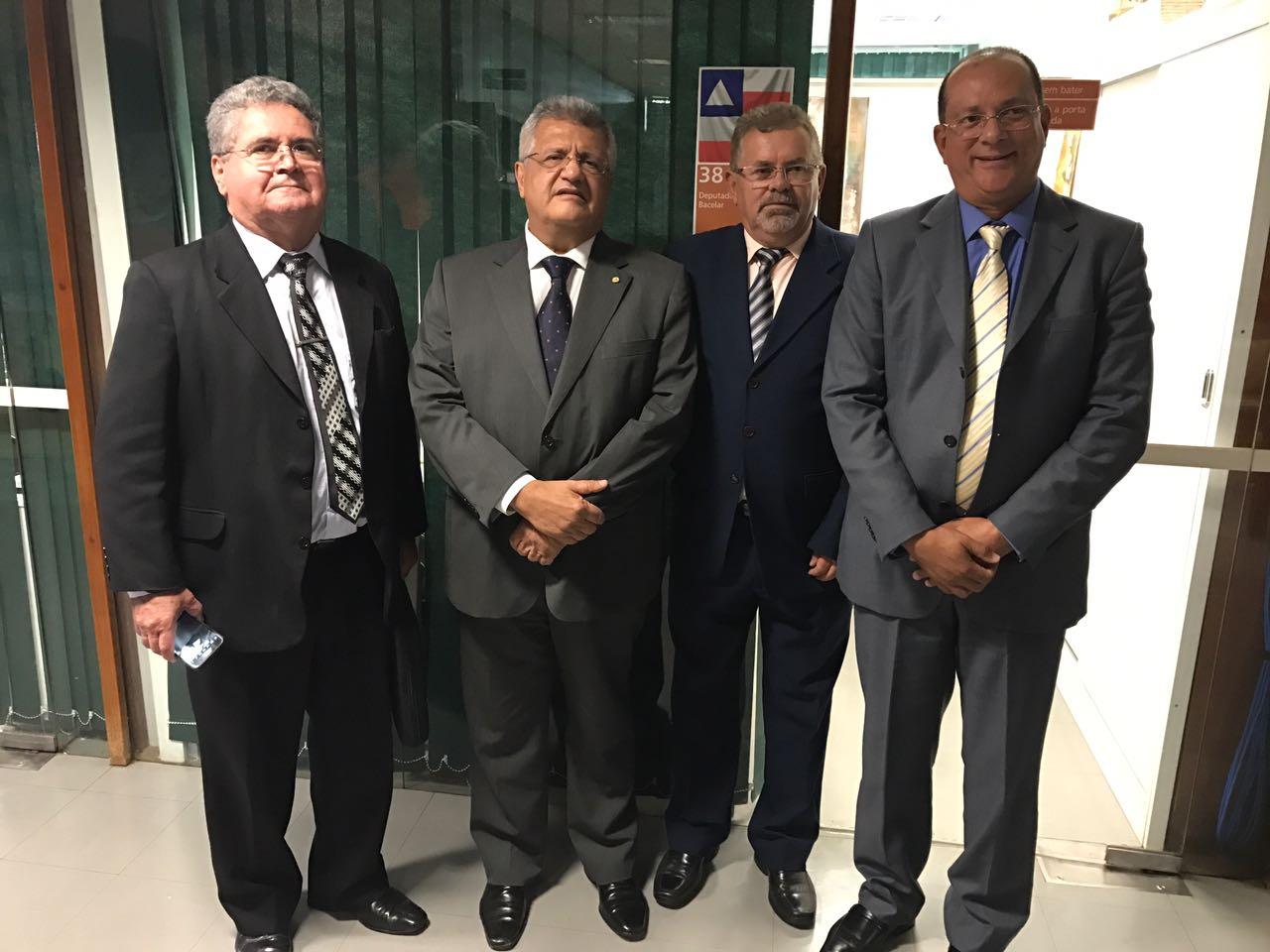 Com os representantes do Conselho Federal dos Despachantes Documentalistas