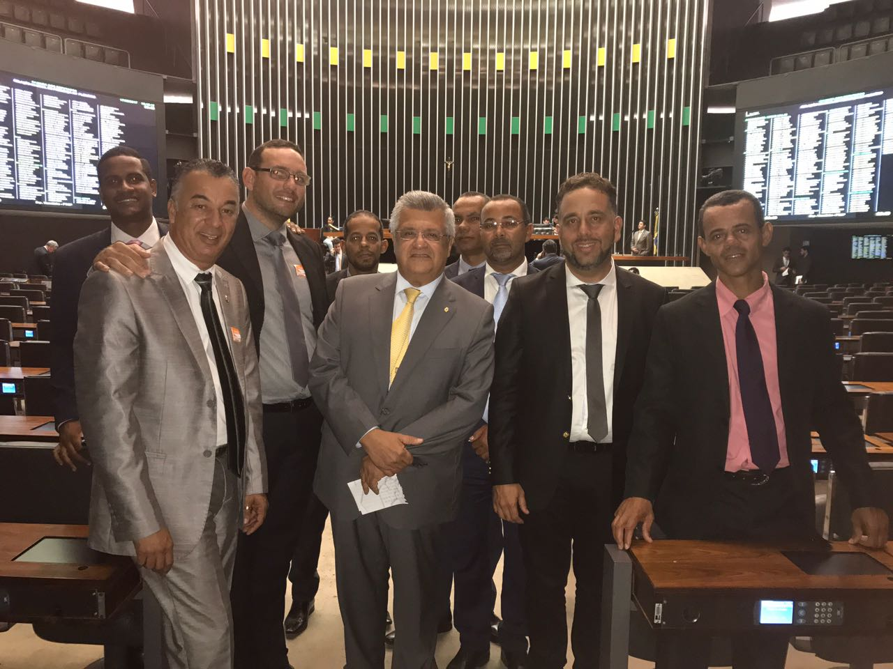 Bacelar recebe diversas lideranças em Brasília