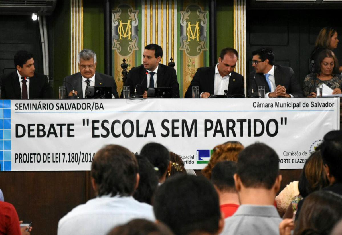 Bacelar pede em Salvador ampliação do debate sobre ' Escola sem Partido '