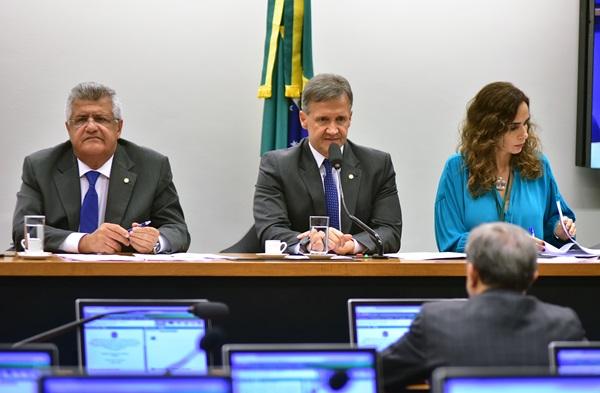 Clipping: atuação de Bacelar pelo PNE é destaque em sites pelo Brasil
