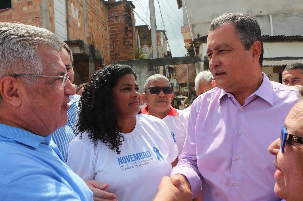 """Bacelar acompanha Rui em entrega de obras no Subúrbio: """"É o governador que mais investiu em Salvador"""""""