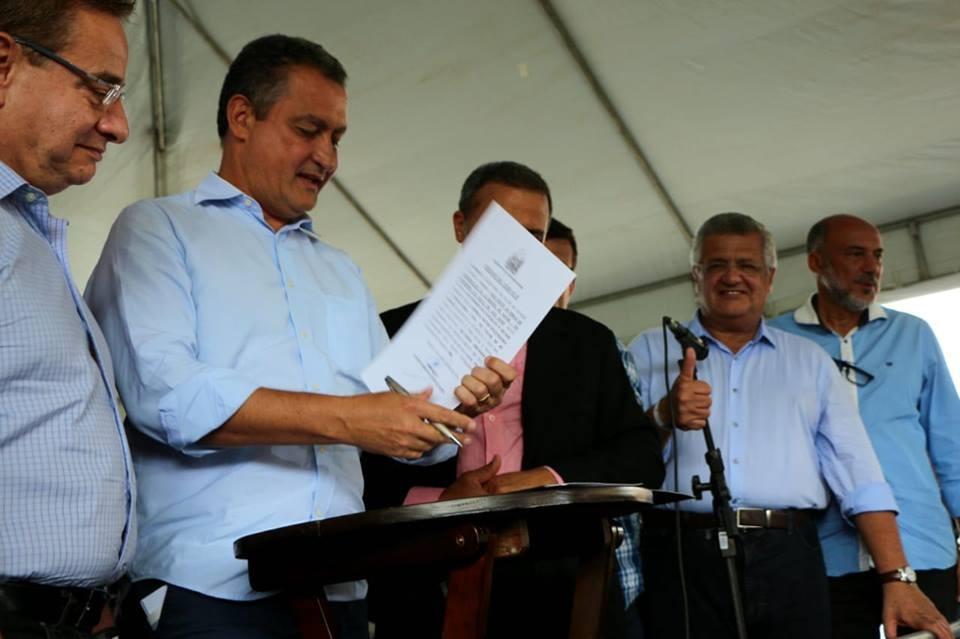 Bacelar destaca investimentos em Pojuca e Alagoinhas