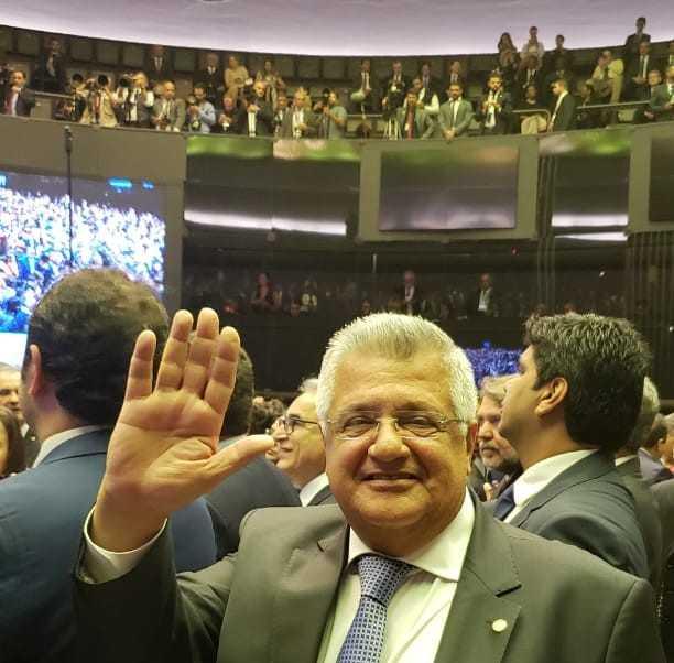 Bacelar assume segundo mandato na Câmara preocupado com retrocesso na educação