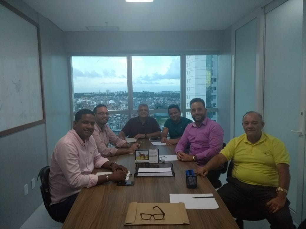 Bacelar discute com lideranças sucessão na Prefeitura de Alagoinhas