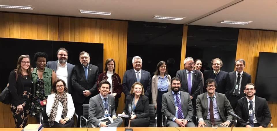 Bacelar busca consenso no Senado para aprovação da PEC do Fundeb