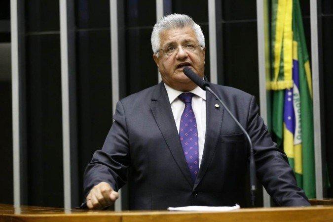 Bacelar pede que secretários de saúde façam força-tarefa para ajudar Paulo Afonso