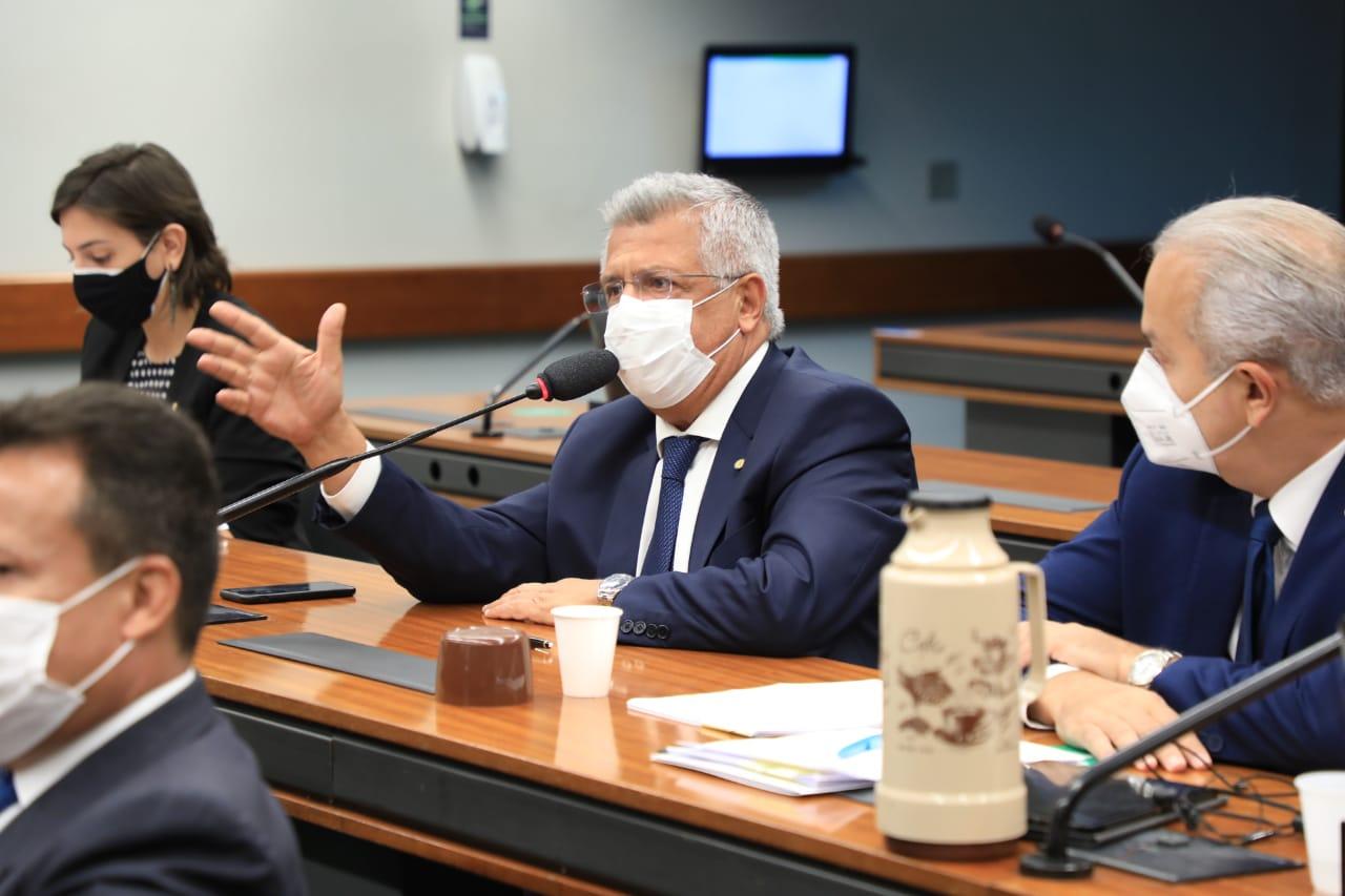 Bacelar diz que privatização da Eletrobras vai deixar conta de luz mais cara